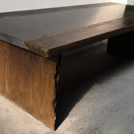 Table with concrete industrial look and authentic timber features